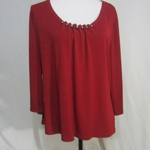Eeast5th, XL Dark Wine Top with ball accents
